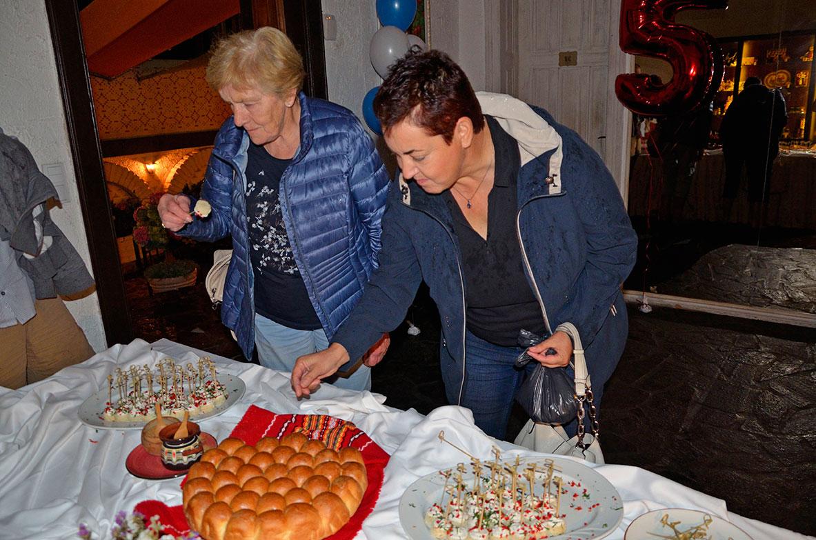 празненство 5 години ресторант МоМа 9