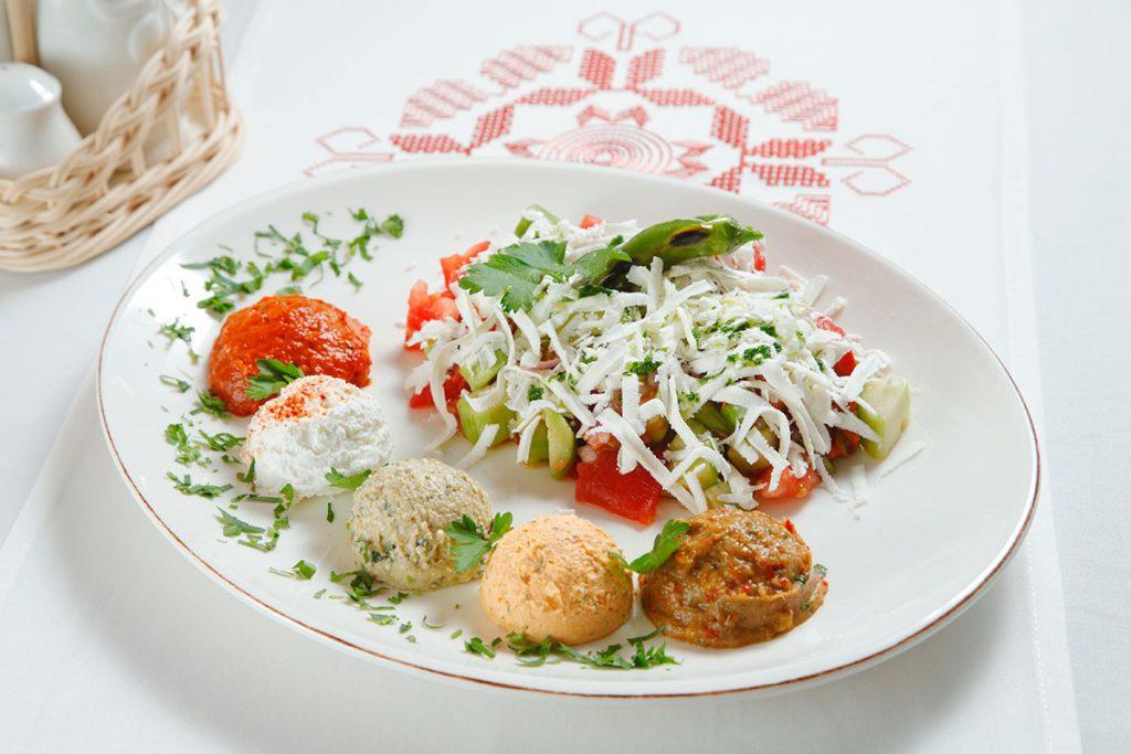 shopska salad menu for 2